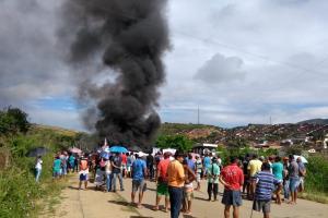 Em Jaqueira/PE, comunidades camponesas protestam pela desapropriação das terras da Usina Frei Caneca